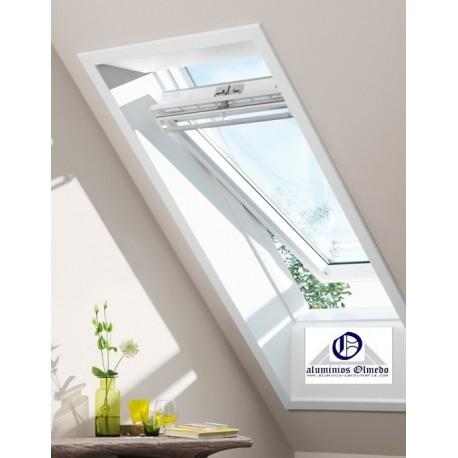 Ventana Velux giratoria GGU 0070 poliuretano blanco y vidrio laminado seguridad